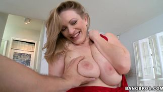 Amazing breasty blond cutie Vicky Vixen rides one fat wang wildly