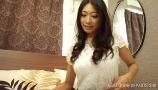 Curvaceous Reiko Kobayakawa with massive tits gives her lover a oral pleasure