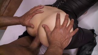 Once racy mommy Mizuki Akai with firm tits clutches his meat she won't let go