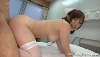 Awesome minx with stylish tits rides rock solid lever