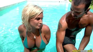 Foxy breasty perfection Diamond Foxx gets drilled hard and deep