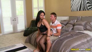 Voracious latin cutie Angelina with firm tits gives a messy drooling oral-service
