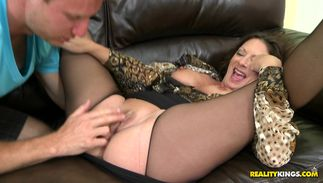 Curvaceous bosomed Margo Sullivan is ready for some pounding