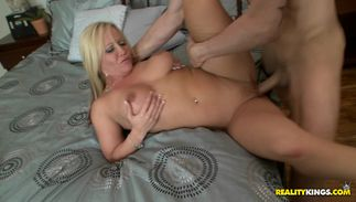 Lucky bf gets a mind blowing handjob from frisky breasty blond Austin Taylor
